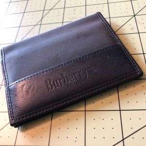 Burberry leather designer card holder